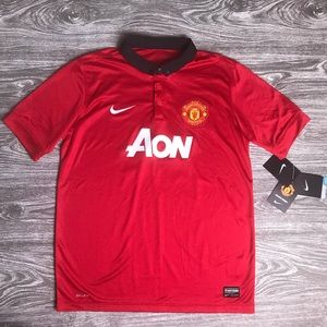 finest selection b3ae7 6f724 (NWT) Kid XL NIKE Manchester United Red Soccer Kit NWT